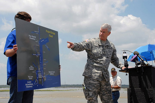 Maj. Gen. Michael Walsh, U.S. Army Corps of Engineers Mississippi Valley Division Commander, explains to the news media on May 9 what the Mississippi River will be allowed to do during the flood of 2011. As the map clearly shows, it will be permitted to move only in straight lines. (U.S. Army Corps of Engineers photo)