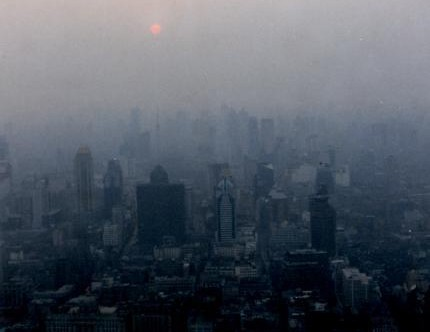 Shanghai slowly strangles in the exhaust of its prosperity. Seven years after this photo was taken, China sees a problem. (Photo by thraxil/Flickr)