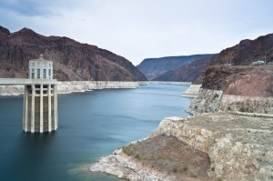 """Lake Meade, water source for Las Vegas and Phoenix, shows its """"bathtub ring"""" marking where its water used to be. It is less than half full and dropping fast. (Wikimedia photo)"""