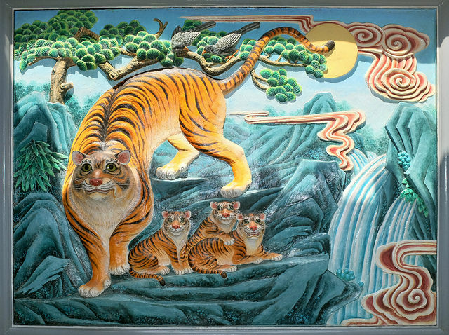 Is China a paper tiger or a pussycat? It depends on which numbers you look at.  (Photo by Jinzl's Public Domain Photos/Flickr)