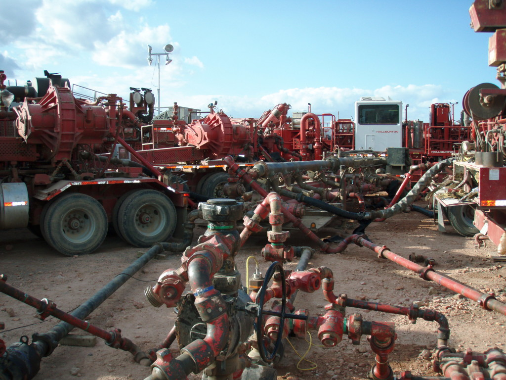 "A Halliburton fracking setup in North Dakota's Bakken play. ""Whaddaya mean it's over? We just got this thing connected!"" (Wikipedia Photo)"